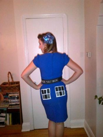 Retro TARDIS Cosplay from the BACK!