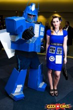Retro TARDIS cosplay and TARDIS Transformer cosplay